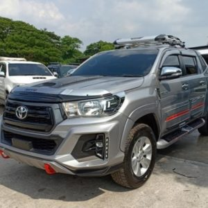 2018 toyota hilux revo pick up
